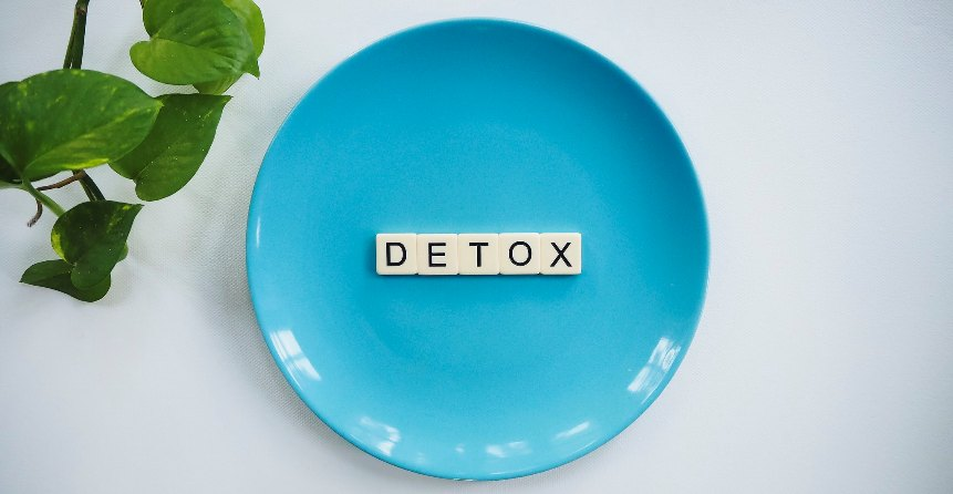 by eating stop detoxification